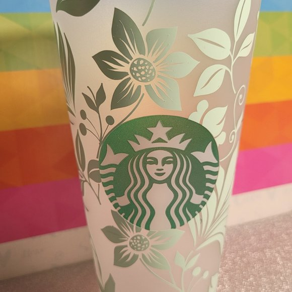 24oz Starbucks Reusable Venti Cold Cups with clear